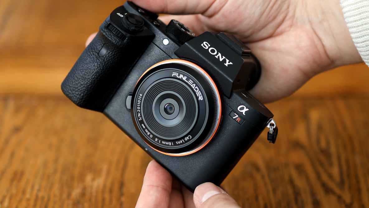 What on Earth is This Lens?! The 18mm That Looks Like a Lens Cap