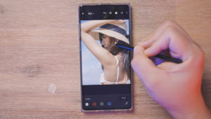 Can you Edit a 100 Megapixel Raw File on a Samsung Galaxy Note 10?
