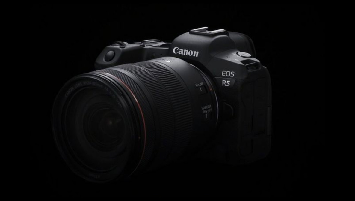 7 Reasons to Buy the Canon EOS R5