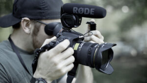 My Top 8 Pieces Of Gear For Shooting Run And Gun Video On A DSLR